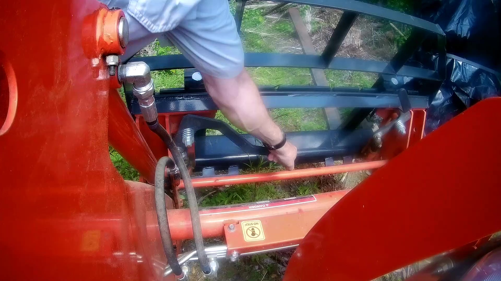 Kubota Tractor Therapy: Clearing Logs – DIY My Way